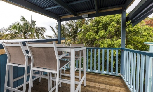RE 0036 1 7 George Nothling Drive Dolphin Real Estate